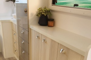Sunliner Switch S442 cabinetry